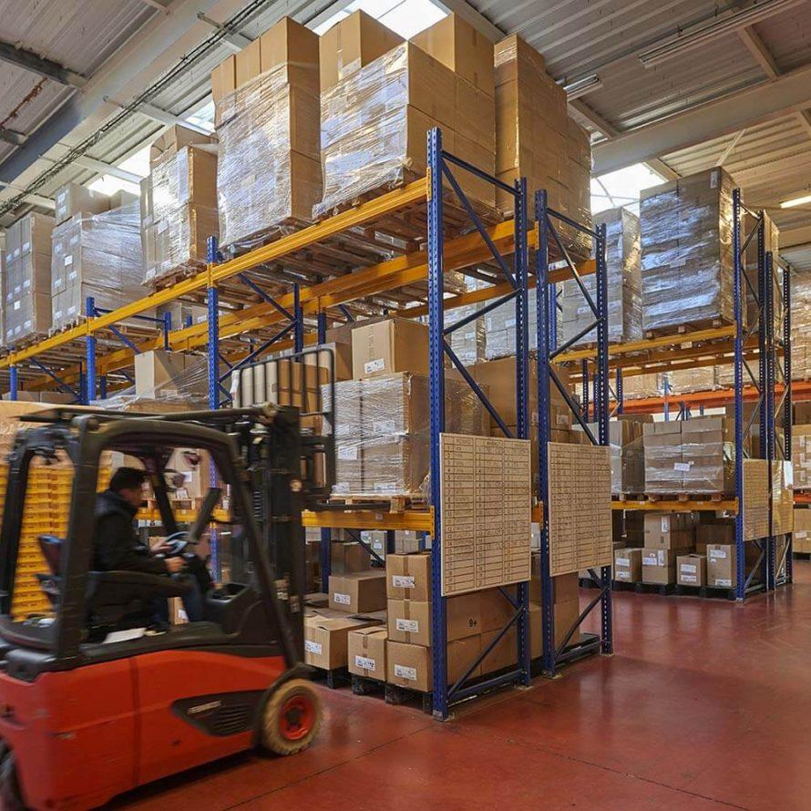 EDB Packaging vous propose 2 types de prestations dédiées à l'assemblage, au conditionnement, au stockage et à la logistique.